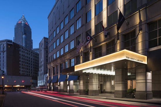 Cleveland Wedding Venue Spotlight: Ritz-Carlton