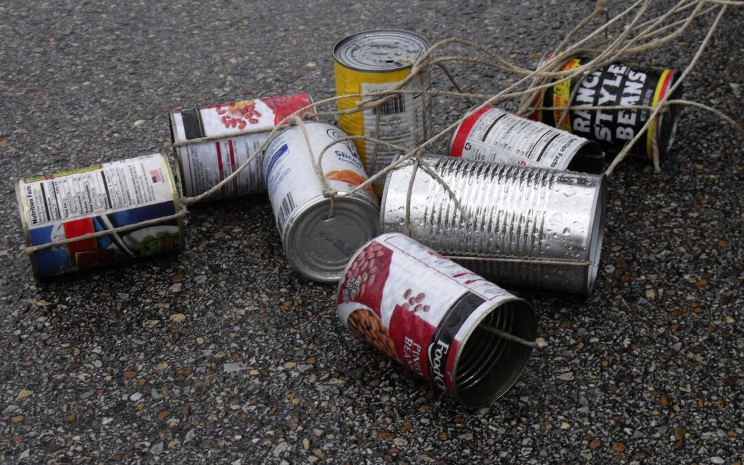 Wedding Traditions: Tying Cans to the Bumper