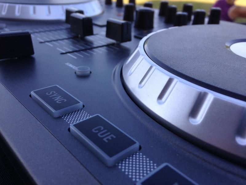 Cleveland Wedding DJ Spotlight: SPE DJs Share Their Favorite Songs