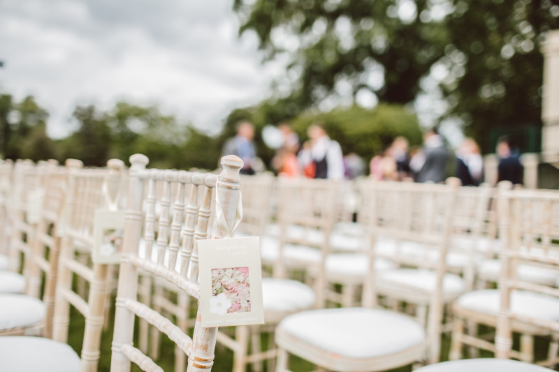 How Much Does The Average Wedding Guest Spend?