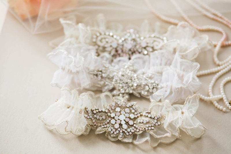 Wedding Traditions: Garter